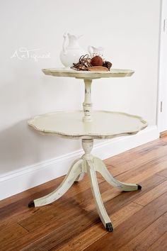 Beautiful Chalk Painted Pie Crust Table.