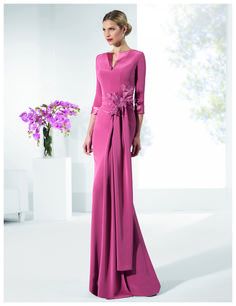 Long Mother of the Bride Dresses 13 Cute Picture Options! Bridesmaid Dresses, Prom Dresses, Wedding Dresses, Bride Dresses, Godmother Dress, Donia, Formal Gowns, Look Fashion, Mother Of The Bride