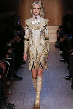 Défilé Givenchy Automne-Hiver 2016-2017 8