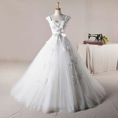 This is it. This is my dress. This is the one.