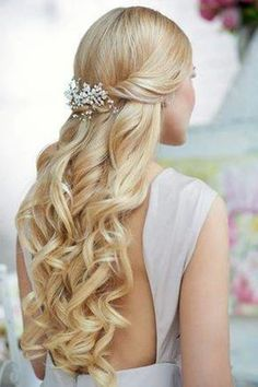 wedding hairstyles for long straight hair half up - Buscar con Google