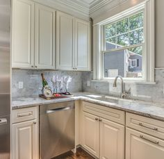 Tewksbury Ma Kitchen By Carole Kitchen And Bath Design Courtesy