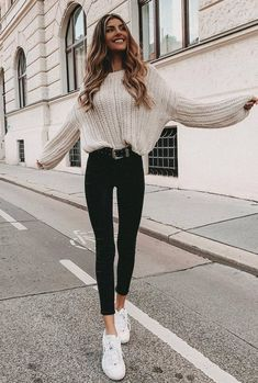 winter outfit inspiratiopn / white knit sweater + black skinny jeans + sneakers clothes 30 Great Outfits To Wear At Your New Year Gatherings Winter Outfits For Teen Girls, Winter Fashion Outfits, Look Fashion, Spring Outfits, Winter Fashion Street Style, Winter Outfits 2019, Womens Fashion, Fashion Ideas, Fall Fashion For Teen Girls