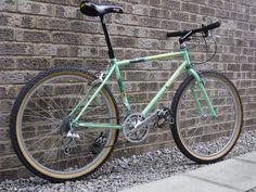 Kona Explosif, Retro Bicycle, Retro Bikes, Flat Bar Road Bike, Mtb 26, Bike Art, Vintage Bikes, Road Bikes, Federal