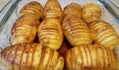 Hasselback poteter er en svensk oppfinnelse og den har spredd seg over hele verden. Vi som er gla...