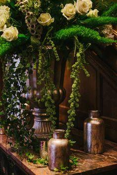 Gold Vases For Wedding Centrepieces – Used at Hampton Manor #theweddingofmydreams @theweddingomd