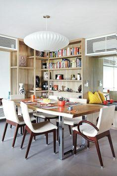 Love the shelves. Love the hidden aircon unit.