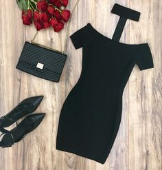 The perfect LBD for a date night or night out: The Kendall Bandage Dress | #MARCIANO