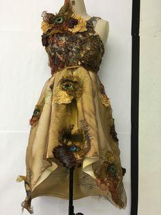 New Fashion Inspiration Art Texture Ideas Textile Design, Textile Art, A Level Textiles, Fabric Manipulation, Fabric Art, Costume Design, Refashion, Cosplay, Dress Patterns