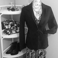 Tommy Hilfiger Black dress jacket Fall Closet Staple! Black denim like material cute cut detail on back. Has light stretch to material with 4% spandex. Has hidden pocket inside lapel. Perfect for the office or paired with jeans and boots Tommy Hilfiger Jackets & Coats Blazers