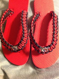 Red Houston Texans Paracord Flip flops Texas Texans, Houston Texans Football, Football Stuff, Paracord Projects, Paracord Bracelets, Flip Flops, Trending Outfits, Awesome, Unique Jewelry