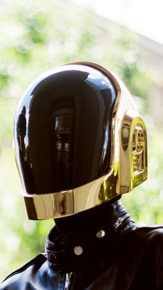 Daft Punk Helmet Chrome with gloves. REPLICA by DaftPunkProps