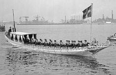 Dutch 'Chaloupe Royale' during state visit of the royal couple of Norway tot The Netherlands, 09 upto 12-09-1964
