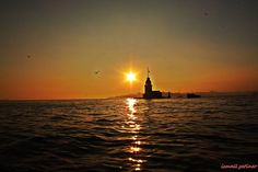 伊斯坦布爾仙女塔Kızlulesi的夕陽美景無限好。 ©Ismail Çetiner