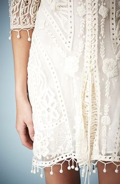 Nordstrom Clothes - Kate Moss for Topshop Crochet Lace Midi Dress (Nordstrom Exclusive) Boho Chic, Bohemian Style, Fashion Details, Look Fashion, Lace Midi Dress, Nordstrom Dresses, Passion For Fashion, Dress To Impress, Beautiful Dresses