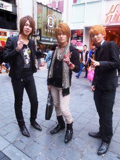 Osaka - Streetsstyle - Japanese Street fashion - japanese hosts - men fashion japan