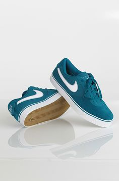 Nike 6.0 Mavrk Low 2 kengät Green Abyss/White 69,90 € www.dropinmarket.com