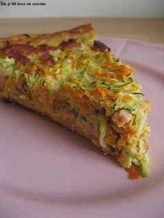 Tarte à la carotte, courgette et dés de jambon (rajouter un oignon et de la moutarde sur la pâte)