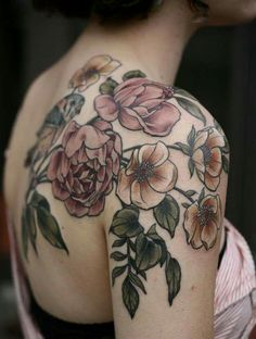 Floral tattoo, so elegant
