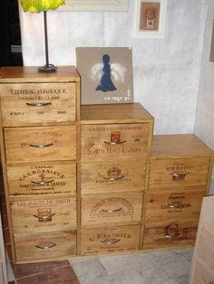 1000 images about meubles caisses de vin on pinterest. Black Bedroom Furniture Sets. Home Design Ideas