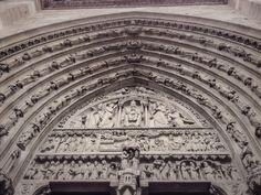Puerta de Santa Ana, Catedral de Notre Dame (Paris - France)