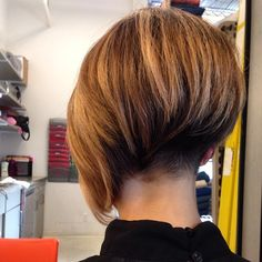 Loving this Assymetric bob with super hot buzzed nape undercut. 10/10!