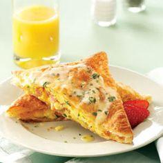 Benedict Eggs in Pastry~ I LOVE eggs benedict!