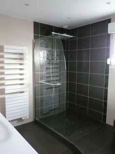 Douche l 39 italienne surelev e salle de bain parents for Construire douche italienne
