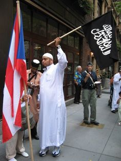 90 PERCENT OF SYRIANS OBAMA IS IMPORTING ARE MUSLIM - Creeping Sharia