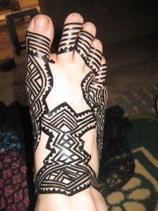 Resist tape technique for henna