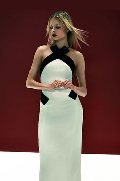 Stunning contrast for your night out by Carolina Herrera.