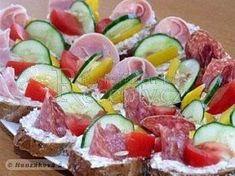 Dobrá pomazánka na chlebíčky Potato Salad, Sushi, Food And Drink, Potatoes, Meat, Ethnic Recipes, Diy Wedding, Fine Dining, Potato