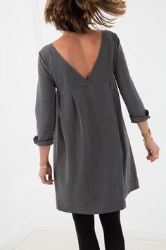 robe-dos-nu-garance-une-souris-dans-mon-dressing-3 Sewing Clothes, Diy Clothes, Diy Fashion, Fashion Outfits, Womens Fashion, Clothing Patterns, Dress Patterns, Diy Vetement, Travel Dress