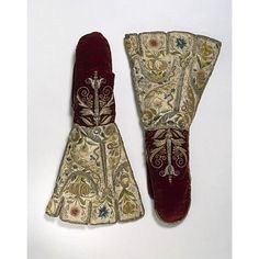 ca 1600. Embroidered in England; said to have been a gift from Elizabeth I to her maid of honour, Margaret Edgcumbe (1560-1648), wife of Sir Edward Denny (1547-1599). his mitten had a decorative rather than practical function. Like many of the embroidered gloves made during this period, its purpose was to show off the wearer's wealth and status.