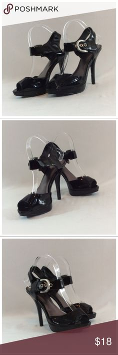 "DELICIOUS Open Toe Sandals DELICIOUS Open Toe Sandals, Size 8, man made materials, 4 1/2"" heels. 0746 Delicious Shoes"