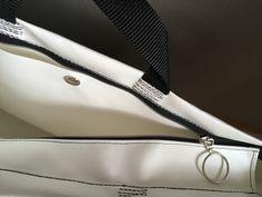 Lisa, Detail, Bags