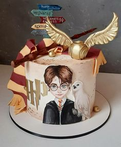Harry Potter Desserts, Harry Potter Treats, Gateau Harry Potter, Cumpleaños Harry Potter, Harry Potter Birthday Cake, Harry Potter Artwork, Harry Potter Images, Harry Potter Tumblr, Harry Potter Aesthetic