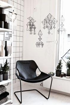 La boutique de Lotta Agatton avec himmelis en noir et blanc