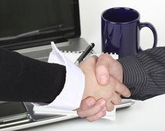 Umowa przedwstępna* | AKS-ADWOKAT Umowa przedwstępna stanowi czynność prawną, dokonywaną zazwyczaj w sytuacji, kiedy jej strony ze względu na zaistnienie pewnych konkretnych okoliczności nie chcą bądź nie mogą (jeszcze) zawrzeć umowy definitywnej. Dowiedz się więcej...