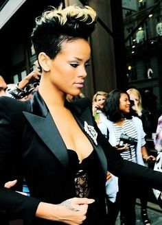 Back-teased Hairstyles for Elegant-chic Women: Rihanna Short Haircut