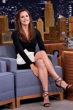 Jennifer Garner rings in St. Patrick's Day with Jimmy Fallon on 'The Tonight Show' on Tuesday, March 17.