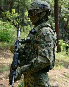 Military Gear, Military Police, Military History, Special Forces Gear, Military Special Forces, Tactical Uniforms, Tactical Gear, Airsoft, Mexican Army