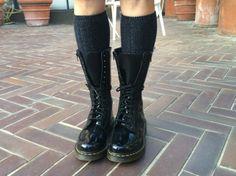Gambe in spalla, scarpe basse e un cappotto ben caldo. #mfw #seguilamoda http://www.fashionblabla.it/style/gambe-spalla-scarpe-basse.html