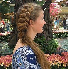 es un estilo clásico que toda niña ha sacudido al menos una vez en su vida. Esto sin preocupaciones 'hacer es fácil y flattering- la opción ideal para niñas de todas las longitudes de pelo, texturas y gustos personales. El único inconveniente, sin embargo, es que la popularidad de la cola de caballo significa que …