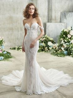 Eve Front Perfect Wedding Dress, Dream Wedding Dresses, Bridal Dresses, Wedding Gowns, Girls Dresses, Bow Wedding, Wedding Dreams, Wedding Attire, Wedding Things