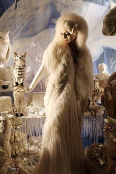 This is it....perfect winter wedding ensemble!