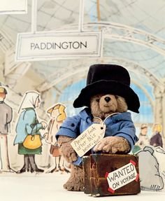 The REAL inspiration behind Paddington Bear - Paddington by Michael Bond. My favourite bear. Wore a Paddington hat to the Silver Jubilee Celebrat - 1980s Childhood, My Childhood Memories, Oso Paddington, Paddington Bear Books, Teddy Hermann, Film D'animation, Kids Tv, 80s Kids, My Memory