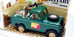 Britains SWB Land Rover with MG.