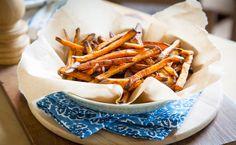 A Recipe for Crispy Baked Sweet Potato Fries