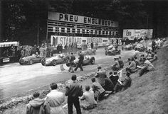 Nostalgia: The very old Spa. 1949. Belgian Grand Prix at Francorchamps, with Luigi Villoresi (Ferrari 125), Juan-Manuel Fangio (Maserati 4CLT) an Philippe Etancelin (Lago-Talbot T26C) making up the front row.